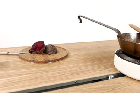 Cooking Table by Moritz Putzier_18