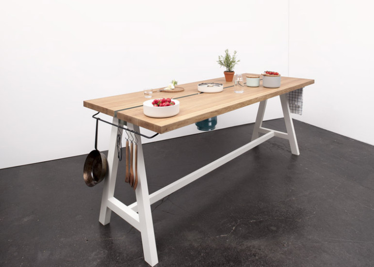 Cooking Table de Moritz Putzier.