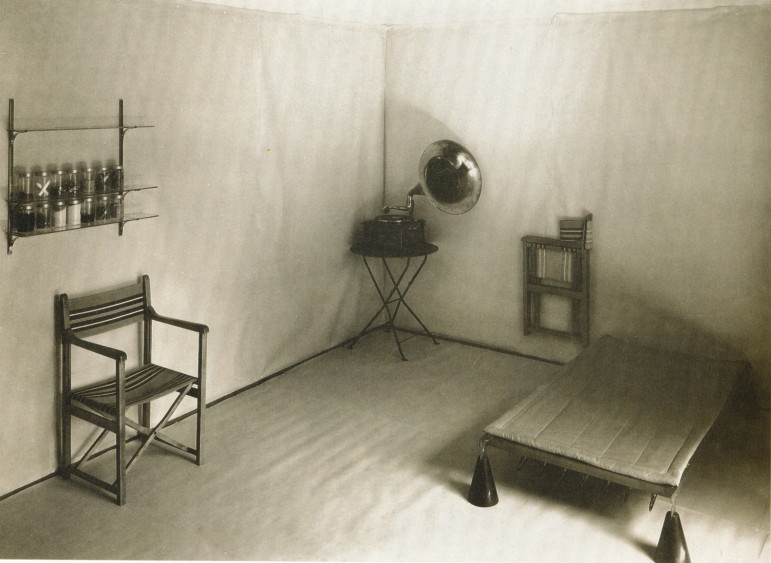 Hannes-Meyer-co-op-zimmer-room